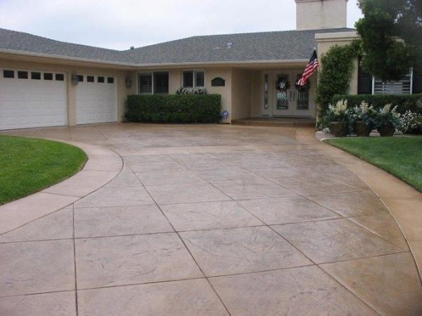 Stamped concrete driveway, decorative concrete for Northwest Washington driveways