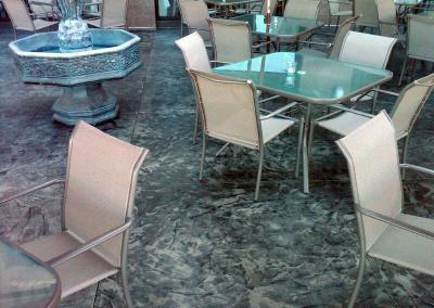 Giuseppe`s Italian Restaurant waterfront dining area