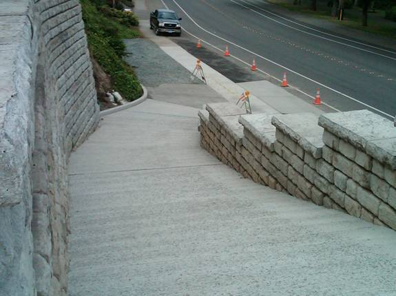 Concrete driveways on steep land custom concrete for Steep driveway construction