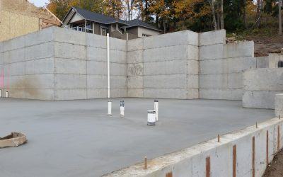 Top 5 reasons to add retaining walls to your hillside property